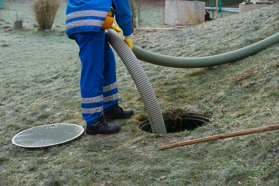 cleaning household septic tank
